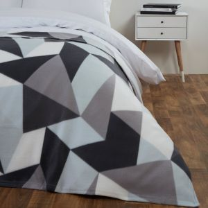 Dreamscene Shapes Geometric Fleece Throw, Grey - 120 x 150cm