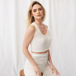 OHS Basic Scoop Neck Jersey Crop Top - Cream