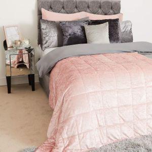 Sienna Crushed Velvet Weighted Blanket - Blush Pink
