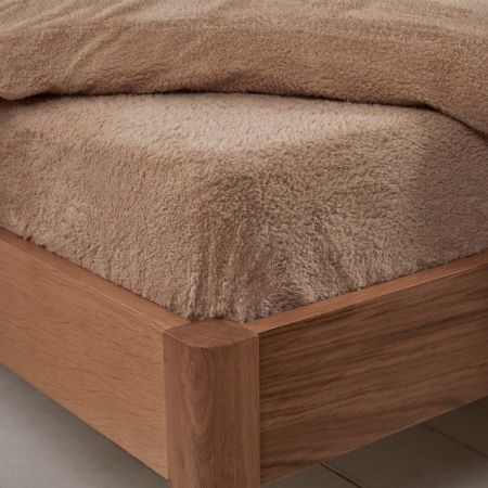 Brentfords Teddy Fleece Fitted Sheet - Latte Beige