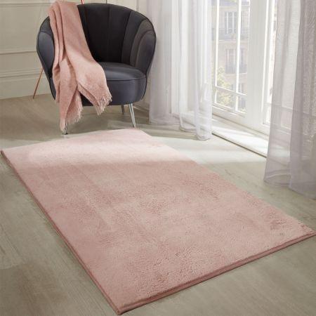 Sienna Faux Fur Rug - Blush Pink